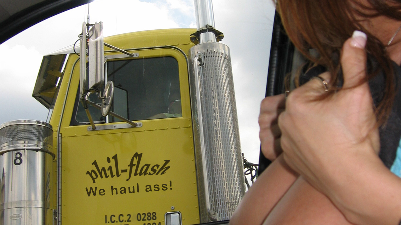 Nikki flashes a truck driver